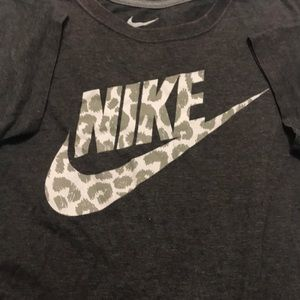 Nike gray and leopard writing T-shirt